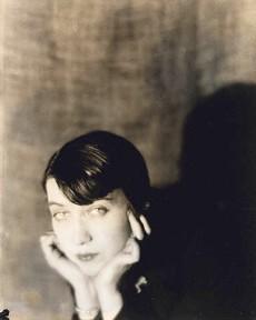Bernice Abbott - MAN RAY 1921